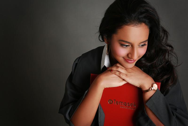 professional graduation photo shoot services