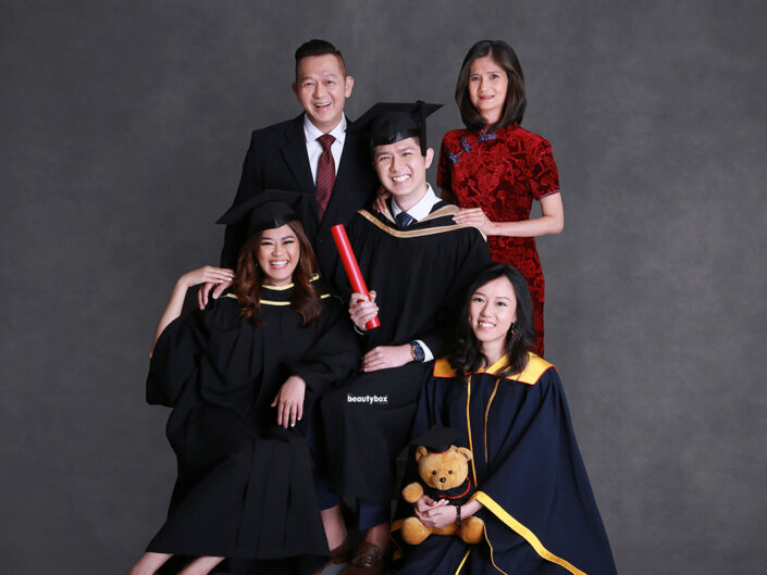 best family convocation photography