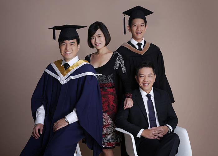 best family graduation photography