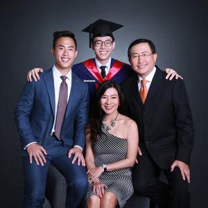 singapore professional graduation photography services