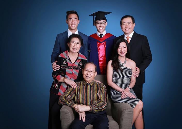 professional graduation photo shoot singapore