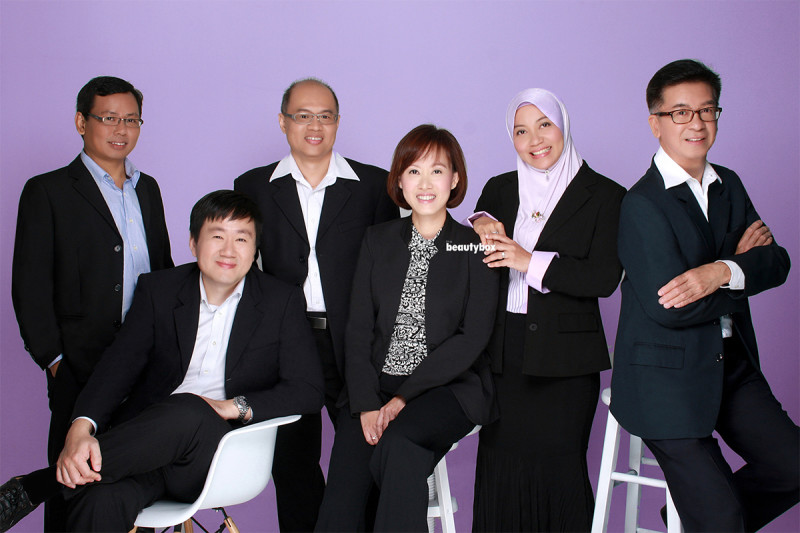 singapore_studio_corporate_group_portrait_Beautybox