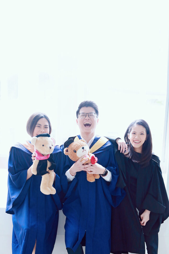 best family graduation photography in singapore
