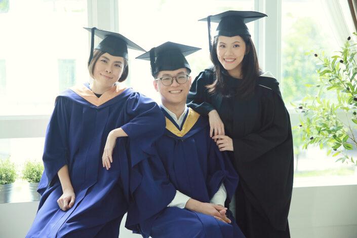best professional graduation photography services